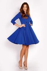 Szeroka niebieska sukienka midi z ozdobnymi guzikami